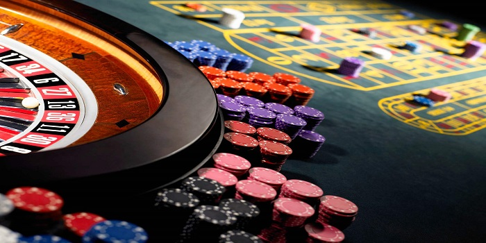 Police officer, town secretary charged with running gambling operation